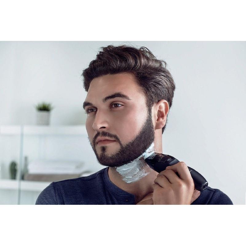 Plaukų dailinimo mašinėlė Panasonic PNERGB42K503, įkraunama